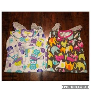 BUNDLE: 2 Pack of Carter's Footed PJs (Size 24M)